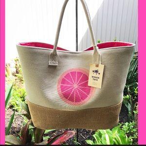 Handbags - HUGE FABULOUS PINK GRAPEFRUIT LINED BEACH 🏖 TOTE